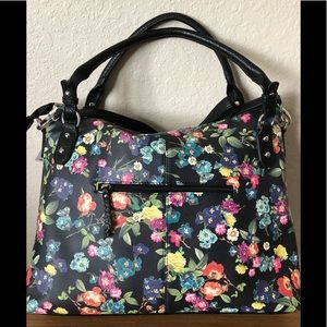 NWT Beautiful Jessica Simpson Leather Floral Bag